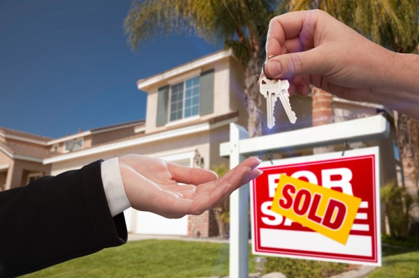 Risks of Buying Property Foreclosures